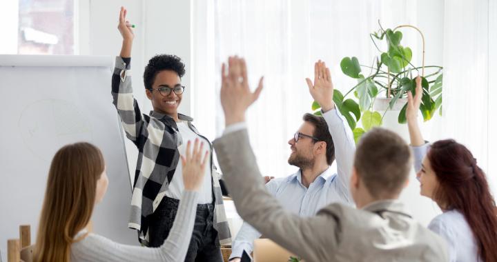 Xây dựng mối quan hệ tốt giữa doanh nghiệp và nhân viên